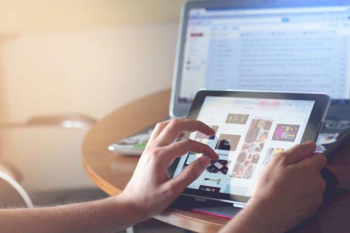 Los usuarios toman la decisión de compra sin contar con la marca