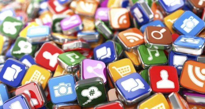 La búsqueda de ingresos desvirtúa a las redes sociales