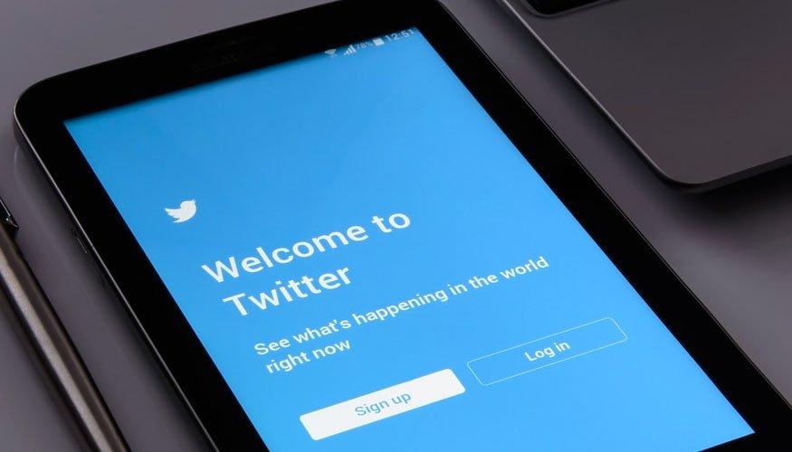 Validación de cuentas de Twitter al registrarse